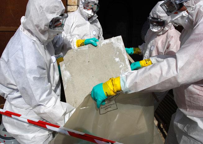 Schadstoff-Sanierung